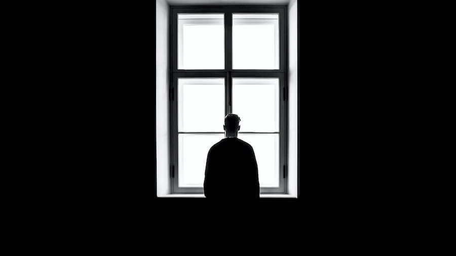 Primer teléfono de asistencia psicológica para evitar la soledad
