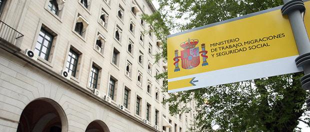 Puerta del ministerio de trabajo